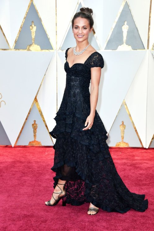 Alicia-Vikander-Louis-Vuitton-2017-Oscars.jpg